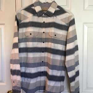 Free Nature long sleeved flannel button down shirt